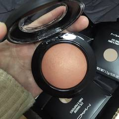 [] spot MAC USA M.A.C soft mineral blush 3.5g LOVE JOY Other color number consultation, owner book