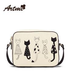 Artmi genuine art secret, lovely black and white hand-painted kitten, small package, oblique shoulder bag, single shoulder bag, college wind The cat is white