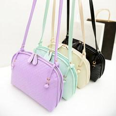 2015 New Spring Fashion Shoulder Bag Handbag simple diagonal trumpet shell bag small bag. violet