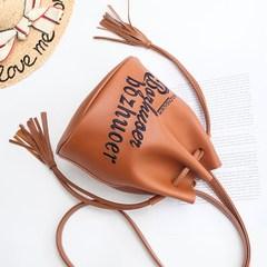 2017 new female mummy bag bag handbag shoulder bag bag Japan fringed drawstring bucket bag retro tide
