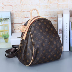 European and American retro fashion mummy bag shoulder bag and simple grass shell square backpack 2017 new handbag Monogram