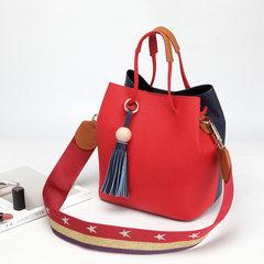 2017韩版新款简约流苏真皮女包撞色单肩包百搭水桶包彩宽背带包包 红色配