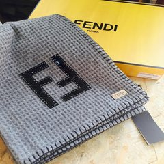 Has been out of print for Fendi FENDI/ enjoy the wool and cashmere scarf shawl collar