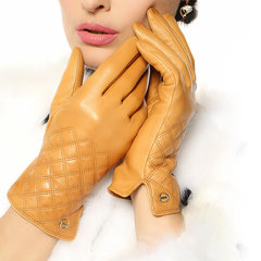 European version of high-end imports of small sheepskin gloves, ladies leather gloves touch screen, winter warm hand repair, fashion diamond lattice