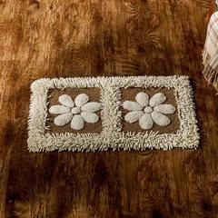 In the bathroom door mat odd good absorbent pad against the Ottomans antiskid mat sulee flowers cotton chenille 40CM× 60CM Sulee flower white polka