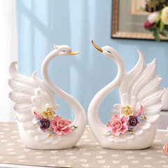 Creative wedding gift bestie European Ceramic lovers Swan living room TV cabinet decor decoration Home Furnishing Pinching Swan