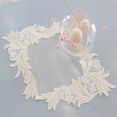 South Korea buy high grade lace table mat, table mat, tea table mat, anti scratch table lamp, lace pad 65+17 vertical *70CM