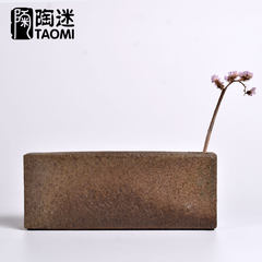 Kiln porcelain flower decorations gifts Home Furnishing upscale Japanese handmade home small pottery vase of flowers for shipping The ancient brick flower