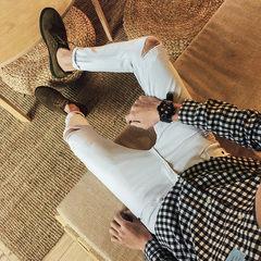 Autumn and winter nine teenage boys jeans slim feet type black men all-match Korean long pants trend Thirty-four One word broken white [nine points pants]
