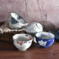 Japanese painted underglaze porcelain bowl home 5 inch Steamed Rice adults eat a bowl of soup bowl creative small microwave oven Blue background
