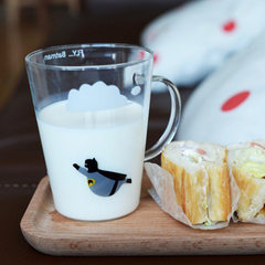 Creative American captain wears a glass hero Superman Batman made a heat-resistant couple cover cup Flight Superman + + wooden cover porcelain spoon