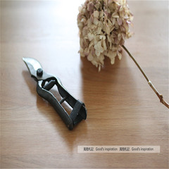 The old forge forming one sincere garden pruning scissors cut plant pruning shears Florist industrial wind