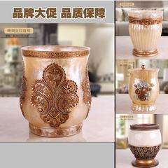 Continental retro luxury fashion creative resin trash trash living room bedroom decor decoration package mail The royal family has a garbage can