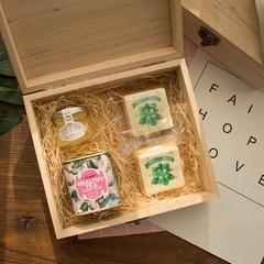 "Fanny van fresh souvenir candy box wooden bridal tea sugar honey cookies set ceremony Fresh box full box "" Fanny van "" brand Limited Edition"