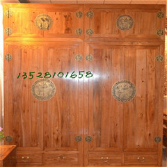 Handmade pure camphor wood, pure solid wood antique Chinese wooden wardrobe, log furniture factory direct sales