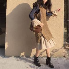 Retro Korea chic style, long length trumpet sleeve dress + corduroy vest skirt two suits F The blue card