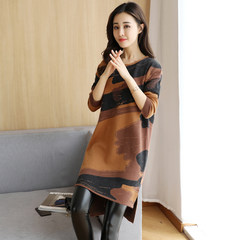 Long sleeve printed knitted dress, female 2017, autumn and winter, new loose, medium length, thin rendering sweater skirt XL L Caramel color