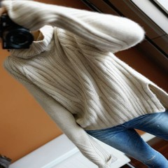 I have 100% pure Europe panchromatic cashmere turtleneck female knitted sweater shirt thickening lazy loose S Beige