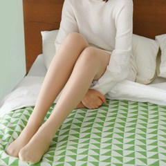Light legged artifact in autumn and winter, thick flesh colored pantyhose, thickening and suede, anti silk double layer false meat base socks F Thin skin