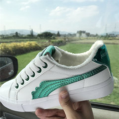 White shoes fall all-match 2017 new shoes children Korean students Harajuku wind ulzzang plus velvet shoes Thirty-eight [cashmere white green]