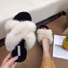 Cross flat flat slippers, women wear 2017 autumn new version of the Korean fashion toe net, the same plush shoes Thirty-eight Beige