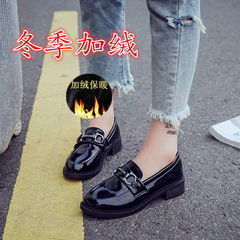 2017 new shoes. All-match small leather shoes British style winter plus velvet loafer student Harajuku shoes Thirty-eight Black [velvet]
