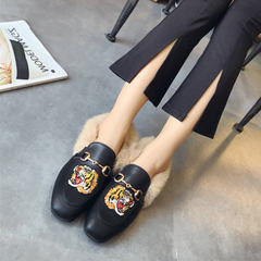 Rabbit fur shoes winter 2017 new Korean flat shoes and embroidered shoes Doug cashmere all-match loafer Thirty-seven Black (tiger)