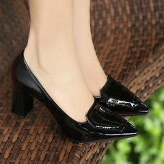 Every autumn special offer new high-heeled shoes with thick shoes with the tip in Korean occupation 33 yards all-match work shoes Thirty-eight Black [5.5cm heel]