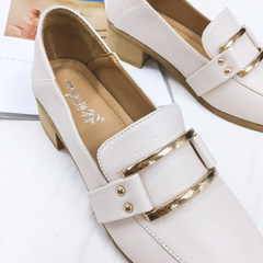 2017 new Lok Fu shoes autumn Vintage shoes all-match Korean female students with coarse shoes Merchandiser Thirty-eight Beige single