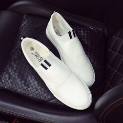 Small white shoes, one foot boots, British white men's casual shoes, peas shoes, le fu shoes, young social shoes Forty-three white
