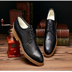 In the autumn of 2017 New England Bullock carved leather casual shoes leather shoes black shoes men dress business Thirty-eight Black velvet