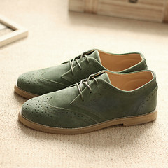 The British men's shoes leather carved Bullock autumn nubuck leather shoes casual shoes shoes low. Standard casual shoes size Army green