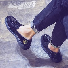 Summer loafer men set foot tassel daily trend of Korean Mens Casual shoes men's shoes round England Thirty-eight black