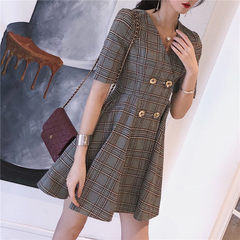 Qao-2018 summer new female v-neck plaid double row buckle temperament Korean version of the long dre The picture color s.