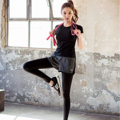 Summer new style quick dry short sleeve yoga two pieces of outdoor fitness suit yoga suit women a ha Short sleeves and cropped pants s.