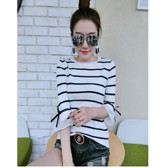 Smile brand 2018 spring and summer new Korean version of round neck horn sleeve slender stripes show white s.