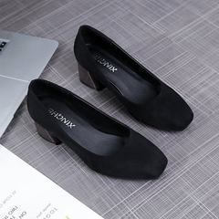 Spring 2018 new style small square head thick single - heeled shoes shallow-mouthed high heel suede  black 34