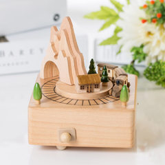 音乐盒木质八音盒厂家直销创意过山车女朋友礼物工艺礼品家居摆件 原色 11*11*16