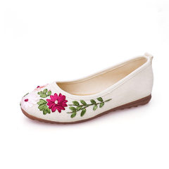 New style women`s shoes ethnic wind old Beijing cloth shoes embroidery shoes flat flat mother flax s D013 rice white 34