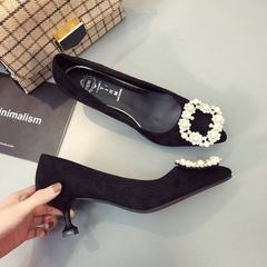 Shoe woman spring 2018 new Korean version of the one-button shoes with one-button heels with pointed black 35