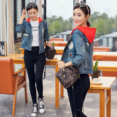 Photo taken denim jacket, short style, spring 2018, new style, Korean version, students with loose s The red hat s.