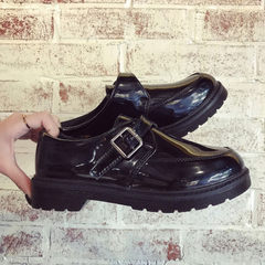 Self-produced new style summer shoes for students in the fall of 2017 In the black list 35