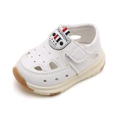 A new generation of spring and summer children`s shoes 1-3 years old male baby baotou sandal soft-so white 15 yards