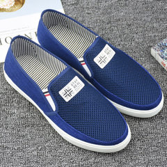The new men of summer old Beijing cloth shoes with low top and flat leisure net shoes with breathabl blue 39-44