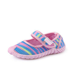 In the fall of 2017, new manufacturers will sell harry baby`s princess shoes with soft soles and str pink 20
