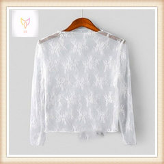 2018 new sweet long-sleeve hollowed-out lace blouse with super fairy temperament small blouse and la white s.