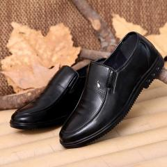New spring and autumn casual men`s shoes in the middle and old soft-sole father shoes men`s shoe man Black 3177 38