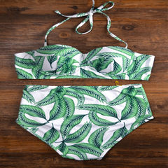 Swimsuits in Europe and the United States wholesale large sizes of green leafy locks, high-waisted b The green leaves s.