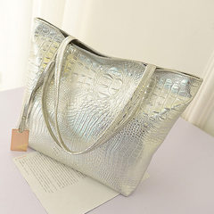 2018 new hand bill of lading shoulder bag crocodile style large capacity Korean shopping bag lady ba black