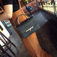 Fashionable retro leisure half round iron bag single shoulder bag new style embroidery thread lock h white